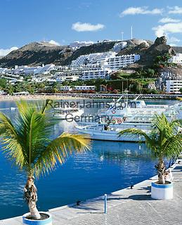 Spanien, Kanarische Inseln, Gran Canaria, Puerto Rico: Yachthafen | Spain, Canary Island, Gran Canaria, Puerto Rico: yacht harbour