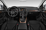 Stock photo of straight dashboard view of 2013-2014 Audi Q5 Base 5 Door SUV
