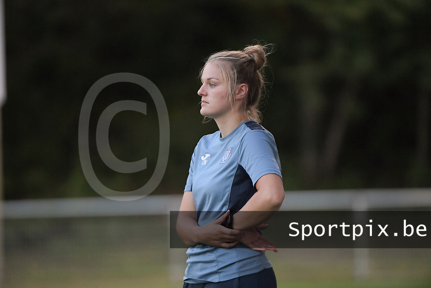 Physiotherapist Charlotte Neesen of Anderlecht pictured during a female soccer game between RSC Anderlecht Dames and AA Gent Ladies  on the fourth matchday of the 2021 - 2022 season of Belgian Womens Super League , friday 10 th of September 2021 in Overijse , Belgium . PHOTO SPORTPIX   DIRK VUYLSTEKE