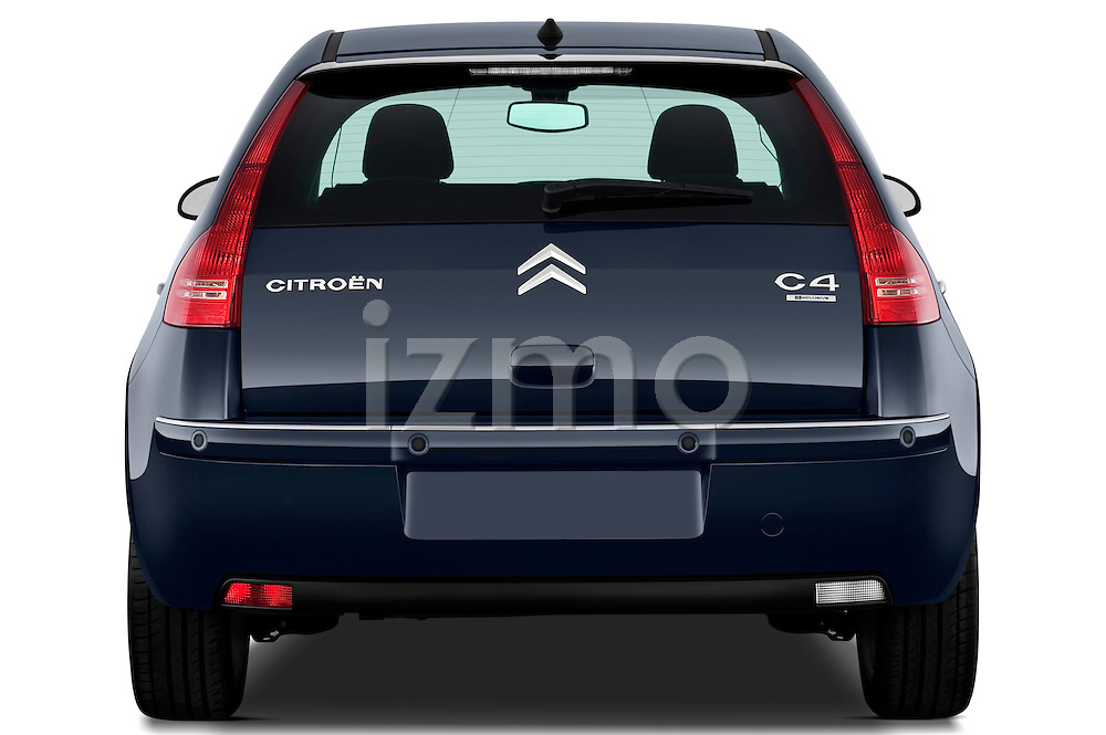 Straight rear view of a 2009 Citroen C4 Executive 5 Door Hatchback