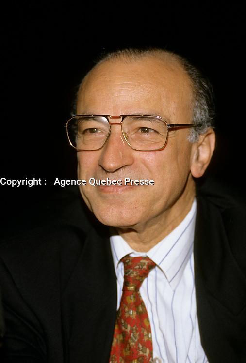 1998 file Photo - DocteurJoseph Ayoub, oncologiste