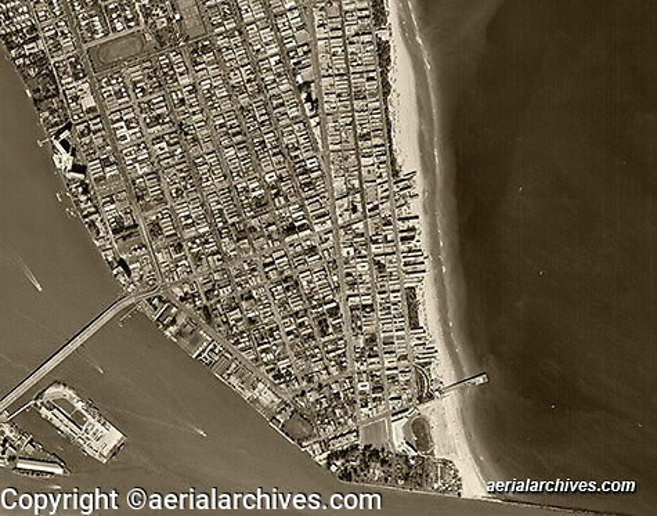 historical aerial photograph Miami Beach, Florida, 1961