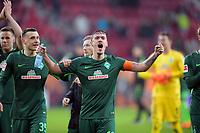 17.03.2018,  Football 1.Liga 2017/2018, 27. match day, FC Augsburg - SV Werder Bremen, in WWK-Arena Augsburg, celebration , Max Kruse (re, SV Werder Bremen) . li: Maximilian Eggestein (SV Werder Bremen)  *** Local Caption *** © pixathlon<br /> <br /> +++ NED out !!! +++<br /> Contact: +49-40-22 63 02 60 , info@pixathlon.de