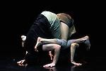 COMPACT<br /> <br /> Chorégraphie et mise en scène Jann Gallois<br /> Avec Rafael Smadja et Jann Gallois<br /> Lumières Cyril Mulon<br /> Compagnie BurnOut<br /> Cadre : Festival Suresnes Cité Danse 2016<br /> Lieu : Théâtre de Suresnes Jean Vilar<br /> Ville : Suresnes<br /> Date : 02/12/2015<br /> © Laurent Paillier / photosdedanse.com