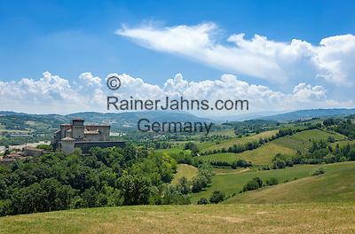Italy, Emilia-Romagna, Langhirano: Castello di Torrechiara | Italien, Emilia-Romagna, Langhirano: das Castello di Torrechiara