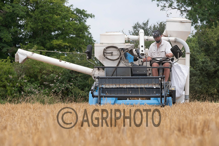 Harvesting trial plots in Winter Barley<br /> ©Tim Scrivener Photographer 07850 303986<br />      ....Covering Agriculture In The UK....