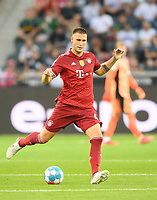 Niklas SUELE (SÃ_le, M) Action, Soccer 1st Bundesliga, 1st matchday, Borussia Monchengladbach (MG) - FC Bayern Munich (M) 1: 1, on August 13th, 2021 in Borussia Monchengladbach / Germany. #DFL regulations prohibit any use of photographs as image sequences and / or quasi-video # Â