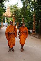 Monks and novices in Siem Reap<br /> , Cambodia<br /> <br /> PHOTO :  Agence Quebec Presse<br /> <br /> <br /> <br /> <br /> <br /> PHOTO : Agence Quebec Presse