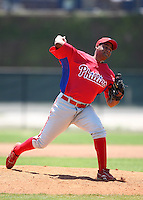 March 30, 2010:  Pitcher Juary Gomez of the Philadelphia Phillies organization during Spring Training at Carpenter Complex in Clearwater, FL.  Photo By Mike Janes/Four Seam Images