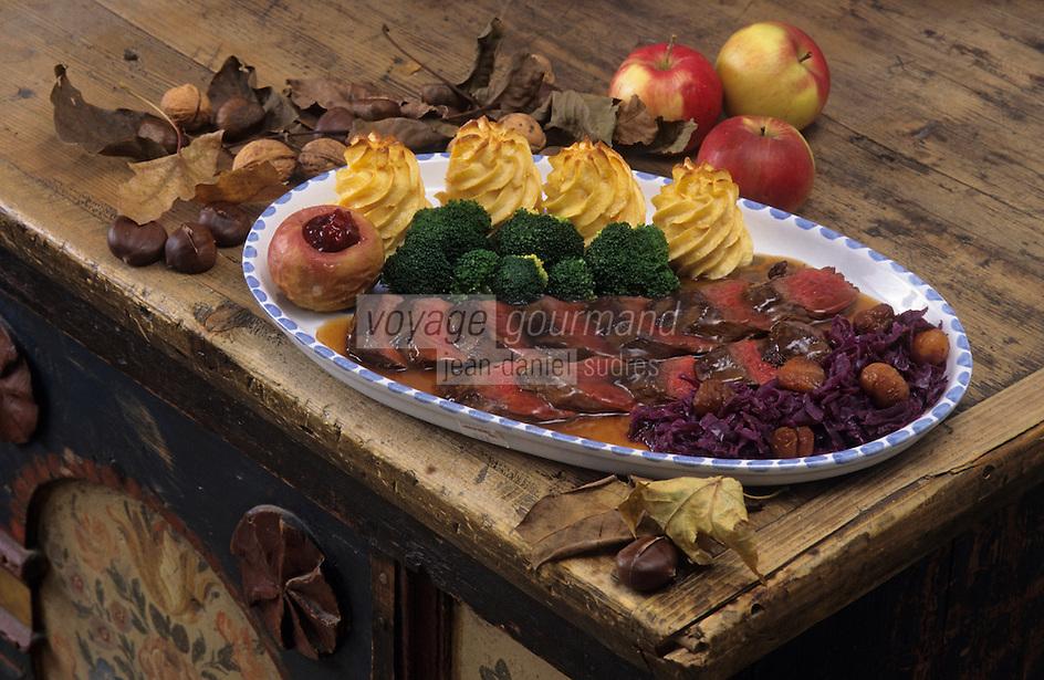 """Europe/Autriche/Tyrol/Zirl: Filet de chamois pomme et brocolis au restaurant """"Goldenger"""""""