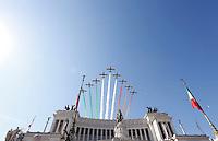 20150602 ROMA-CRONACA: PARATA MILITARE AI FORI IMPERIALI PER LA FESTA DELLA REPUBBLICA