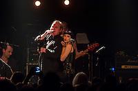 Mechanik Destruktiv Kommando Live am 25. August 2015 im Berliner Club SO36.<br /> German rock band named after Magma (6) - Mekanik Destruktiw Kommandoeh whose members were Uli Radike on drums, Stephan Schwietzke on saxophone, Alexander Hacke on guitar, Ze-Thai on bass & Volker Hauptvogel on vocals.<br /> 25.8.2015, Berlin<br /> Copyright: Christian-Ditsch.de<br /> [Inhaltsveraendernde Manipulation des Fotos nur nach ausdruecklicher Genehmigung des Fotografen. Vereinbarungen ueber Abtretung von Persoenlichkeitsrechten/Model Release der abgebildeten Person/Personen liegen nicht vor. NO MODEL RELEASE! Nur fuer Redaktionelle Zwecke. Don't publish without copyright Christian-Ditsch.de, Veroeffentlichung nur mit Fotografennennung, sowie gegen Honorar, MwSt. und Beleg. Konto: I N G - D i B a, IBAN DE58500105175400192269, BIC INGDDEFFXXX, Kontakt: post@christian-ditsch.de<br /> Bei der Bearbeitung der Dateiinformationen darf die Urheberkennzeichnung in den EXIF- und  IPTC-Daten nicht entfernt werden, diese sind in digitalen Medien nach §95c UrhG rechtlich geschuetzt. Der Urhebervermerk wird gemaess §13 UrhG verlangt.]