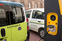 "Milano, vetture elettriche del car sharing e-vai in carica presso una colonnina di ricarica a2a --- Milan, electric vehicles of ""e vai"" car sharing at a charging column"