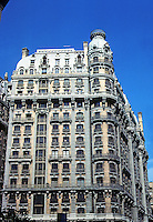 "New York City: The Ansonia Hotel, Upper Broadway, 1899-1904. Architect Paul E.M. Duboy. Luxurious. First air-conditioned hotel. ""Farm on the roof"". Beaux Arts style. Many celebrated residents. National Register of Historic Places 1980. Photo '78."
