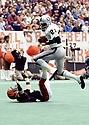 Oakland Raiders Cliff Branch (21) during a game from his 1982 season with the Oakland Raiders. Cliff Branch played for 14 years, all with the Oakland Raiders and was a4-time Pro Bowler.(SPORTPICS)