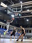 Shyron Ely (#5, MLP Academics Heidelberg) beim Wurf beim Spiel in der BARMER 2. Basketball Bundesliga Pro A, MLP Academics Heidelberg - Ehingen Urspring.<br /> <br /> Foto © PIX-Sportfotos *** Foto ist honorarpflichtig! *** Auf Anfrage in hoeherer Qualitaet/Aufloesung. Belegexemplar erbeten. Veroeffentlichung ausschliesslich fuer journalistisch-publizistische Zwecke. For editorial use only.