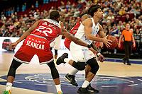 GRONINGEN - Basketbal , Open Dag met Donar - Antwerp Giants , voorbereiding seizoen 2021-2022, 05-09-2021,  Donar speler Leon Williams met De Marious Markel Brown