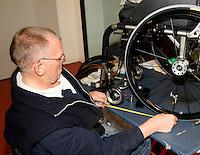 18-11-07, Netherlands, Amsterdam, Wheelchairtennis Masters 2007, Wheelchair repair center