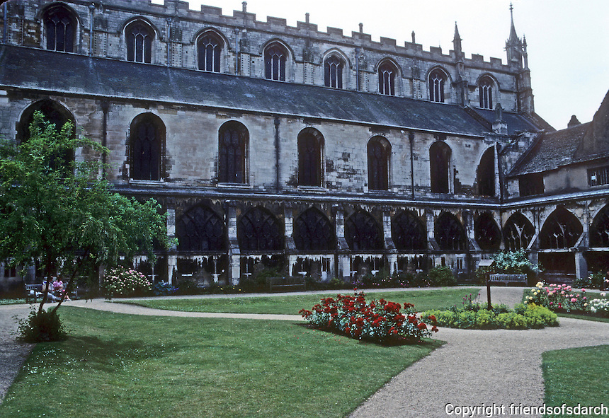 Gloucester: Gloucester Cathedral--Cloisters and Gardens, 1370-1412. Photo '90.