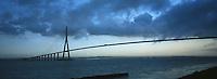Europe/France/Normandie/Basse-Normandie/14/Calvados/Env. de Honfleur: Le pont de Normandie sur le Seine