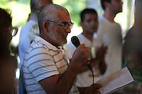 Lideranças comunitária, convidados e jornalistas finalizam mais um dia de trabalho durante o IV Encontrão  para dar continuidade a implantação do protocolo comunitário no Arquipélago do Bailique  na foz do rio Amazonas, Amapá, Brasil.Foto Paulo Santos 12/06/2015