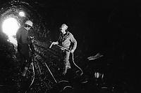 - construction site for the Braulio AEM hydroelectric power station (Valtellina, September 1983)<br /> <br /> - Cantiere per la costruzione della centrale idroelettrica AEM del Braulio (Valtellina, Settembre 1983)
