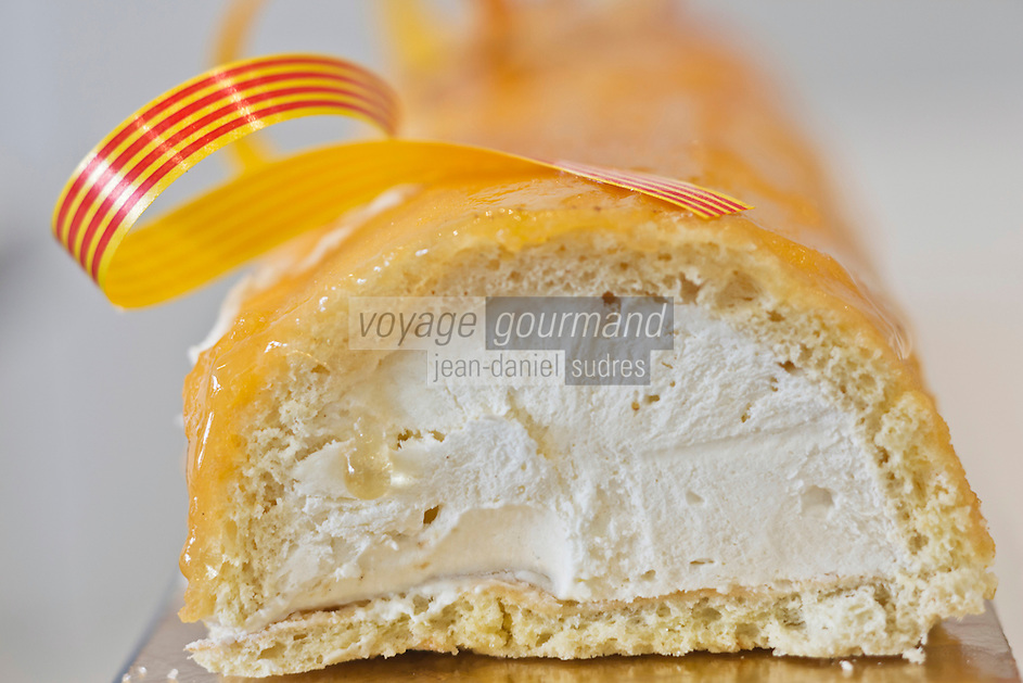 Europe/France/Languedoc-Roussillon/66/Pyrénées-Orientales/Perpignan:  Bras de gitan, chez Roger Martinez - Au Paradis des Desserts