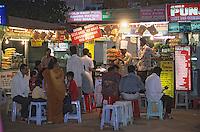 Asie/Inde/Maharashtra/Bombay: Boutiques et restaurants sur la plage de Chow Pathy Beach
