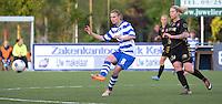 AA Gent - Telstar :<br /> <br /> Maaike Trommelmans (L) ontzet de bal voor de aankomende Priscilla de Vos (R)<br /> <br /> foto Dirk Vuylsteke / Nikonpro.be