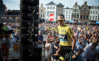 Chris Froome (GBR/SKY) getting onto the stage to sign on in front of a large crowd on the Central Square of Mechelen<br /> <br /> Post-Tour Criterium Mechelen 2015