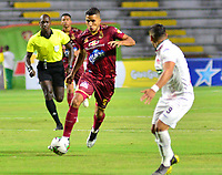 IBAGUÉ- COLOMBIA,17-08-2019:Acción de juego entre los equipos  del Deportes Tolima y el Once Caldas durante  partido por la fecha 6 de la Liga Águila II 2019 jugado en el estadio Manuel Murillo Toro de la ciudad de Ibagué. /Action game between teams  Deportes Tolima and Once Caldas during the 6 match for  the Liga Aguila I I 2019 played at the Manuel Murillo Toro stadium in Ibague city. Photo: VizzorImage / Juan Carlos Escobar  / Contribuidor