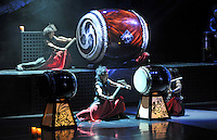 Yamato - The drummers of Japan - Das erfolgreichste Taiko-Ensemble der Welt feiert am 01.07.2014 in der Oper Leipzig Premiere mit seiner neuen Show ROJYOH. Mit ihrer atemberaubenden Mischung aus traditioneller Trommelkunst und spektakulärer Choreografie begeisterte die Formation bereits Zuschauer in über 50 Ländern der Welt. <br /> Foto: Christian Nitsche