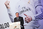 Real Madrid´s Presidetn Florentino Perez gives to Cristiano Ronaldo the Golden Boot `Bota de Oro´ 2013-14 to the best striker, at Melia Hotel in Madrid, Spain. November 05, 2014. (ALTERPHOTOS/Victor Blanco)