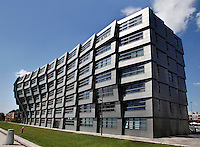 The Wave in Almere. Het gebouw is een ontwerp van Rene van Zuuk