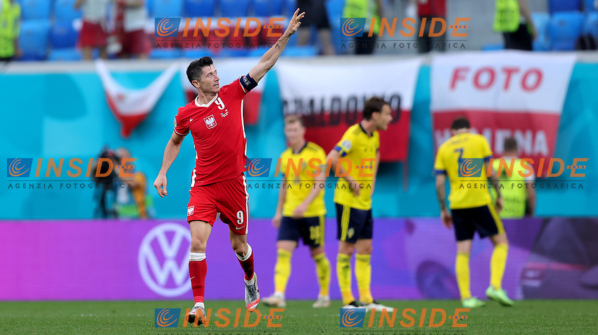 SAINT PETERSBURG, RUSSIA - JUNE 23: Robert Lewandowski of Poland celebrates after scoring their side's second goal during the UEFA Euro 2020 Championship Group E match between Sweden and Poland at Saint Petersburg Stadium on June 23, 2021 in Saint Petersburg, Russia. (Photo by Joosep Martinson - UEFA/UEFA via Getty Images)<br /> Photo Uefa/Insidefoto ITA ONLY