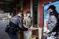 Coronavirus, controlli di Polizia in stazione a Como