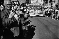 Europe/France/Alsace/67/Bas-Rhin/ Krautergersheim: Lors de la Fête de la Choucroute défilé des chars