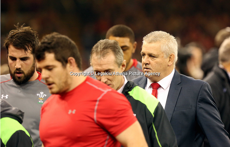 Pictured: Wales manager Warren Gatland (R) Saturday 29 November 2014<br /> Re: Dove Men Series 2014 rugby, Wales v South Africa at the Millennium Stadium, Cardiff, south Wales, UK.