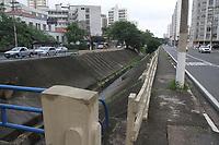 Campinas (SP), 10/01/2020 - Trecho do corrego na avenida Orosimbo Maia em Campinas com a rua Delfino Cintra.