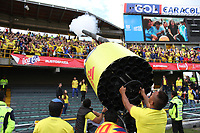 BOGOTÁ - COLOMBIA, 25-05-2018:Despedida de la Selección Colombia de fútbol  de mayores  que participará en el Mundial de Rusia 2018 de la hinchada de todo el país y de los asistentes al estadio Nemesio Camacho El Campín de Bogotá. /Farewell to the Colombian Soccer Team that will participate in the World Cup in Russia 2018 of fans from all over the country and the people who attended the Nemesio Camacho El Campin Stadium in Bogotá. Photo: VizzorImage / Felipe Caicedo / Staff.