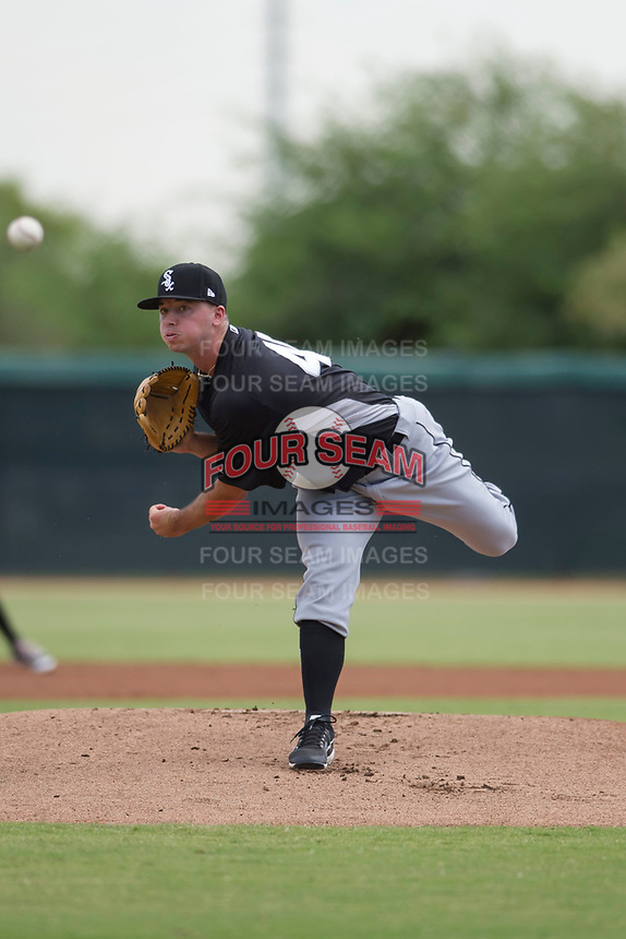 Chicago White Sox pitcher Ian Clarkin (40) follows through on his delivery during an Instructional League game against the San Diego Padres on September 26, 2017 at Camelback Ranch in Glendale, Arizona. (Zachary Lucy/Four Seam Images)