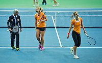 Moskou, Russia, Februari 4, 2016,  Fed Cup Russia-Netherlands,  Dutch team practise doubles , coach Martin Bohm with Kiki Bertens and Arantxa Rus (R)<br /> Photo: Tennisimages/Henk Koster
