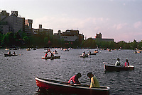 Tokyo: Rowers, Shinobazo Pond, Ueno Park. Photo '82.