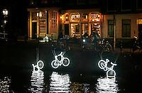 Nederland Amsterdam 2016. Amsterdam Light Festival. Kunstwerk 15000 And More van Studio Klus.  Foto Berlinda van Dam / Hollandse Hoogte