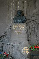 Friedhof auf dem Vysehrad, Grab von Dvorak, Prag, Tschechien, Unesco-Weltkulturerbe