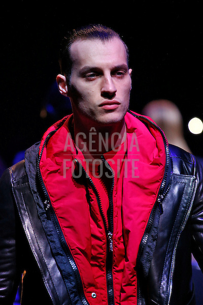 Dirk Bikkembergs<br /> <br /> Milao Masculino - Inverno 2016<br /> <br /> <br /> foto: FOTOSITE