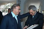 DIEGO DELLA VALLE CON MAURIZIO BERETTA<br /> CONVEGNO GIOVANI IMPRENDITORI DI CONFINDUSTRIA<br /> CAPRI 2005