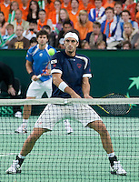08-05-10, Tennis, Zoetermeer, Daviscup Nederland-Italie, Dubbles  Simone Bolelli and Potito Starace(foreground)