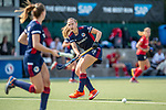 Mannheim, Germany, September 12: During the 1. Bundesliga women fieldhockey match between Mannheimer HC (blue) and Ruesselsheimer RK (red) on September 12, 2020 at Am Neckarkanal in Mannheim, Germany. Final score 2-0 (HT 1-0). (Copyright Dirk Markgraf / www.265-images.com) *** Charlotte Gerstenhoefer #28 of Mannheimer HC