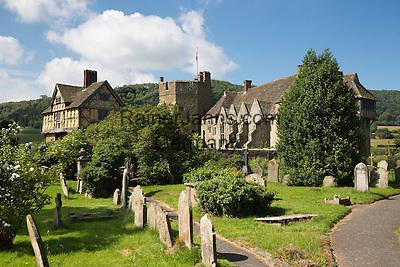 United Kingdom, England, Shropshire, Craven Arms: Stokesay Castle   Grossbritannien, England, Shropshire, Craven Arms: Stokesay Castle